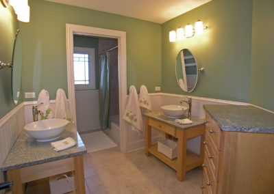 22040_mary_drive_MLS06239348_HID287349_ROOMbathroom2