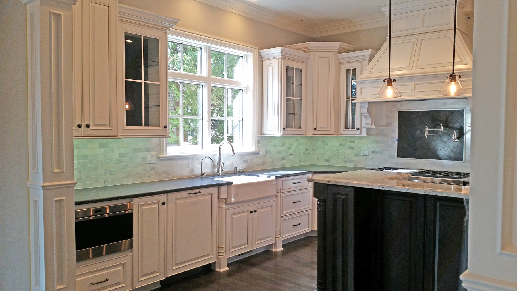 Custom kitchen cabinets doors and countertops romar - Custom cabinet companies ...